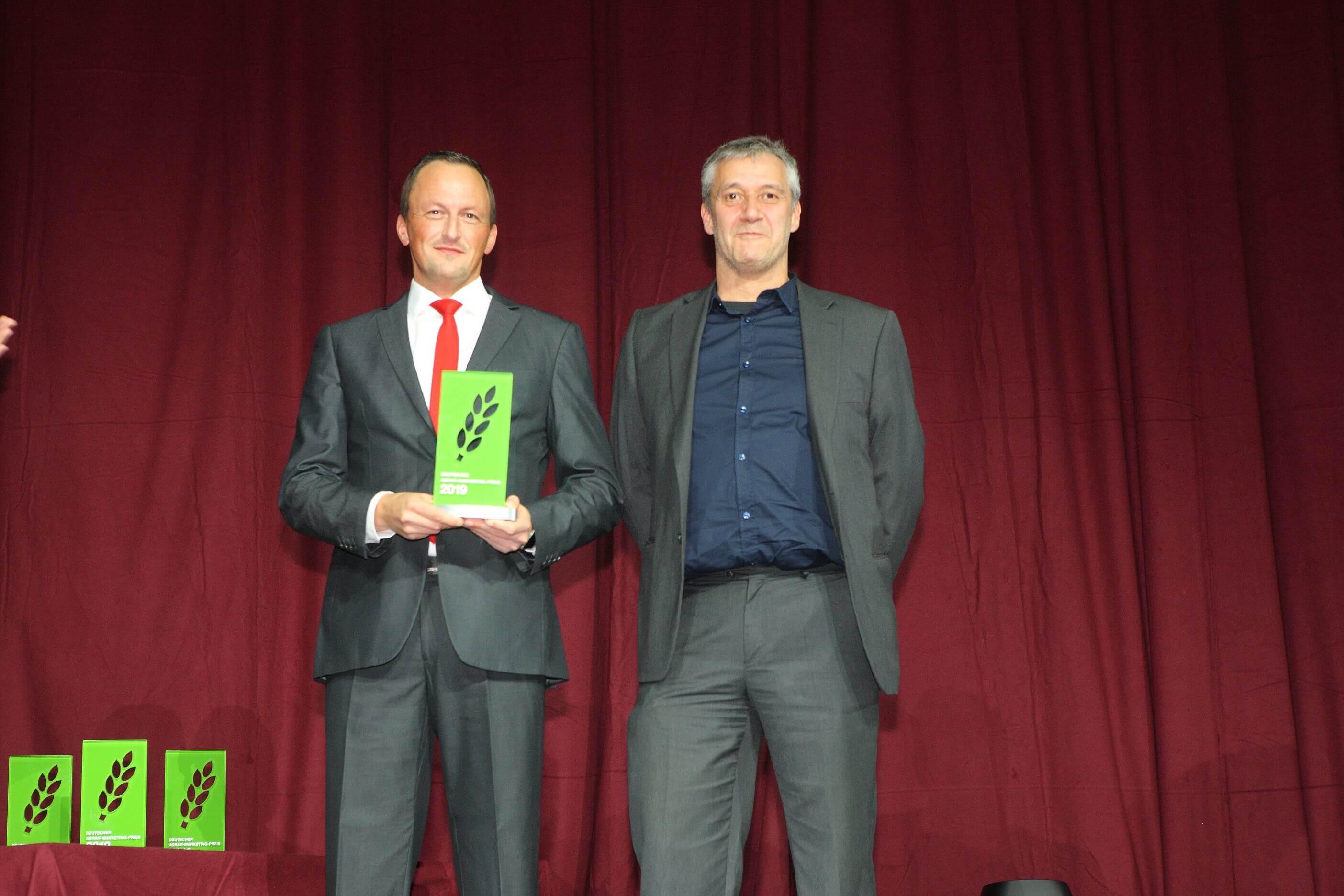 JOSERA Marketingmitarbeiter bei der Preisverleihung des deutschen Agrarmarketing-Preises 2019